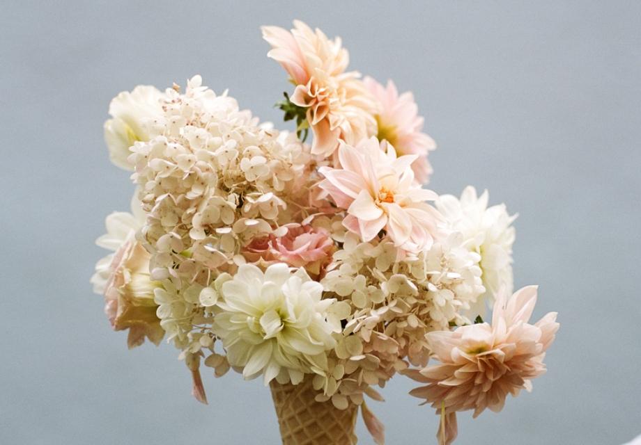 꽃, 그리고 아이스크림. BY Parker Fitzgerald